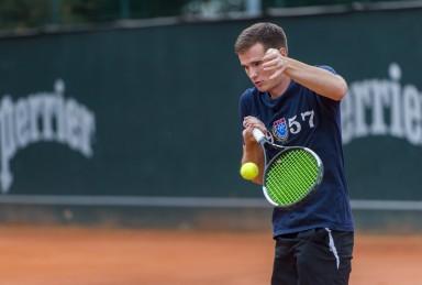 Penkiskart Lietuvos stalo teniso čempionas Alfredas Udra/Augusto Četkausko nuotr.